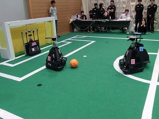 ロボカップ秋季2011(1).jpg
